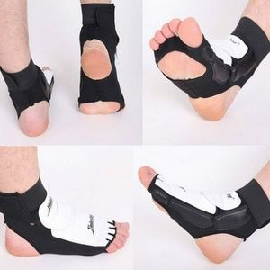 TAEKWONDO Boxing Sparring Gear FOOT PROTECTION L